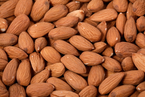 Almond-Nuts-Food-6729-l