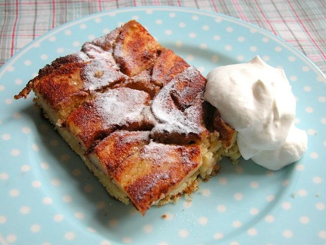 Kage med æbler og kanel – LCHF