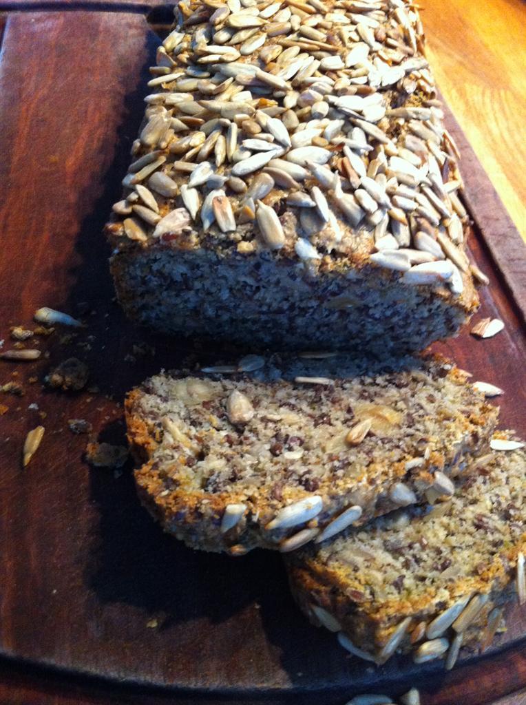 LCHF: Lækkert madbrød med oregano. Fra Frk. Skrump