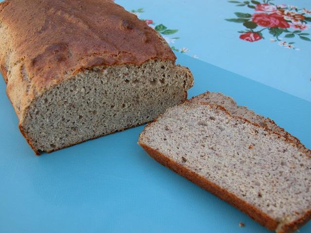 Nødde/hørfrø brød